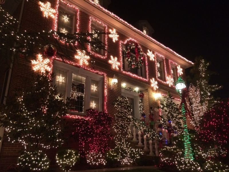 Christmas lights on house in New York, USA
